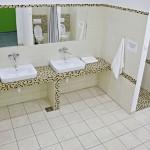 pomieszczenie sanitarne dla osób opuszczających Izbę Wytrzeźwień